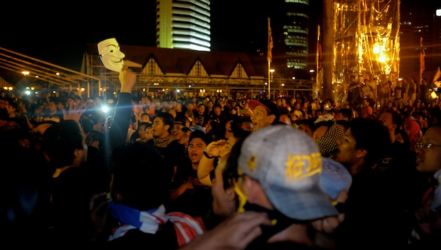 midnight on NYE in Kuala Lumpur at the Turun protest 31.12.13