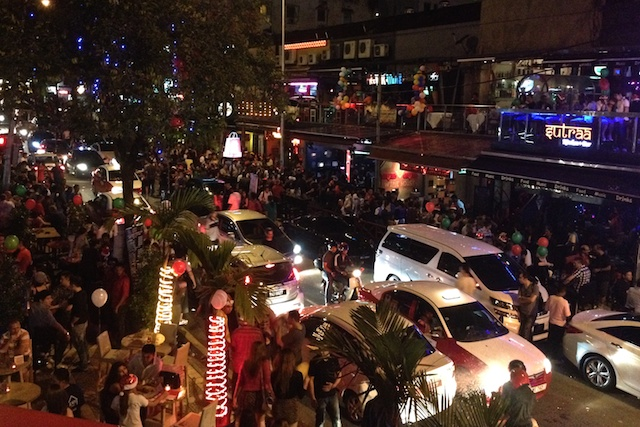 Changkat Bukit Bintang on Christmas Eve