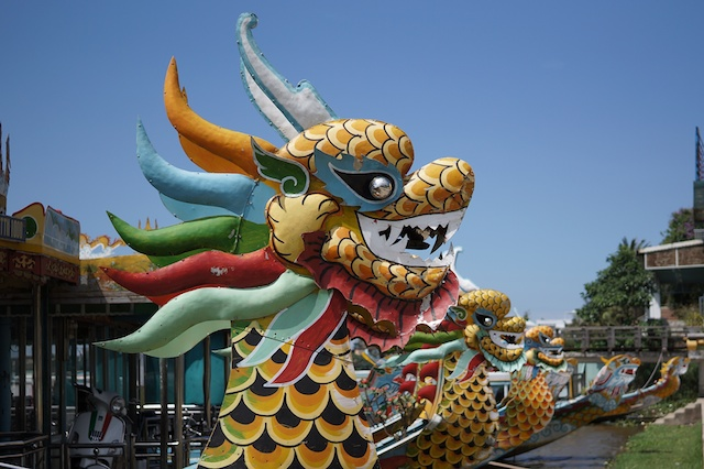 dragon boats hue vietnam