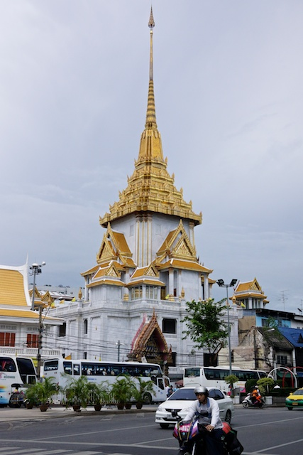 Golden Buddha is housed at Wat Traimit