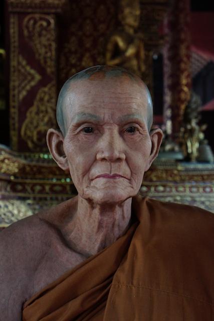 Wat Phra Singh monks