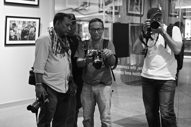 Photographers of FJM inside the Leica Gallary