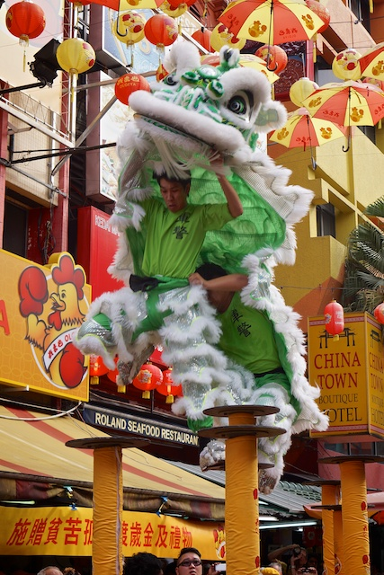 the green lion falls off the poles