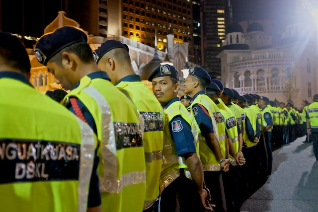 DBKL on duty at Turun Rally in KL on NYE 31.12.2013