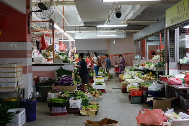 Two Mostly Free Days in Singapore Indoor Market
